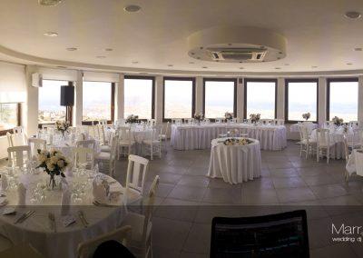 Marriageday.gr Santorini pyrgos dance floor lighting set up