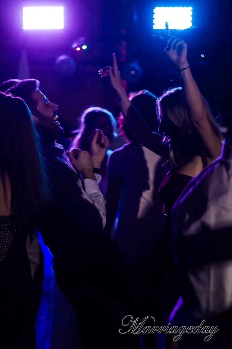 WEDDING DJS IN GREECE SANTORINI MYKONOS DANCE FLOOR LIGHTING 5