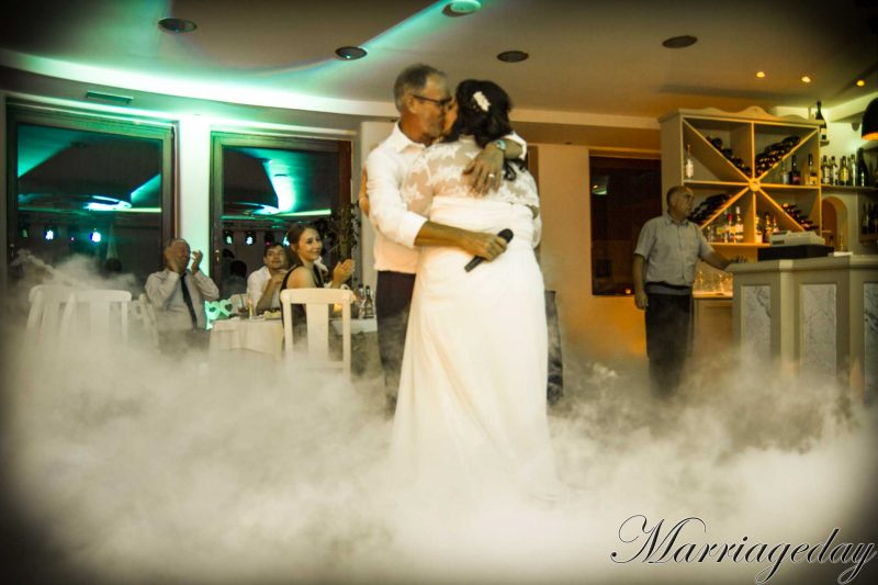 WEDDING DJS IN GREECE SANTORINI MYKONOS DANCE ON CLOUD EFFECT 2