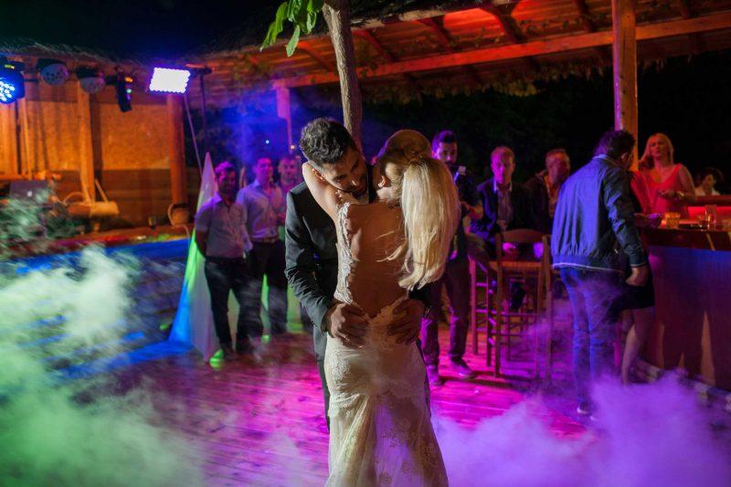 WEDDING DJS IN GREECE SANTORINI MYKONOS DANCE ON CLOUD EFFECT 3