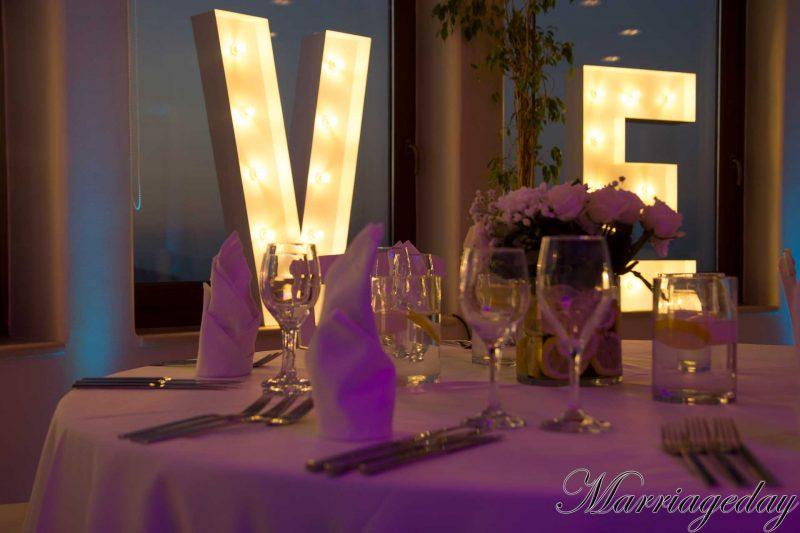 WEDDING DJS IN GREECE SANTORINI MYKONOS WEDDING LETTERS DECORATION