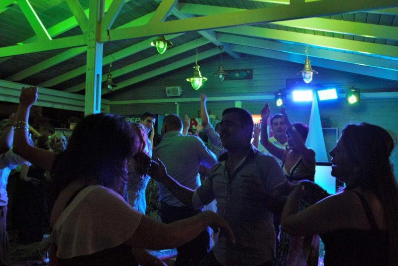 WEDDING DJS IN GREECE SANTORINI MYKONOS WEDDING PARTY LIGHTS