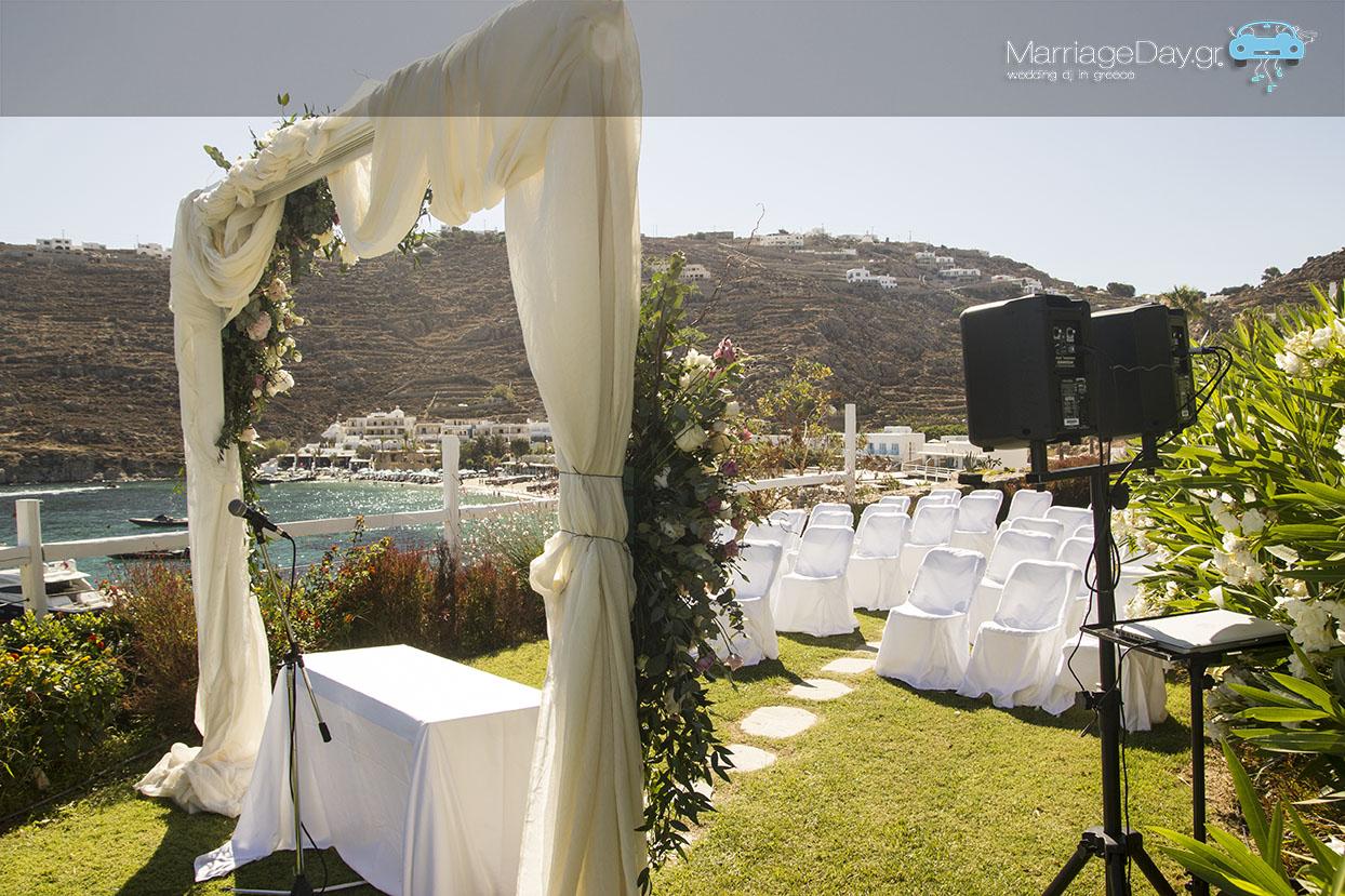 Ceremony Blu hotel Mykonos Battery speakers 2 72